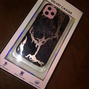 iPhone 11 Pro Case / Black Marble Rose